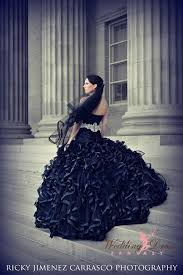 gothic wedding dresses and gothic bridal gowns