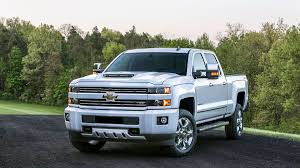 All Chevy chevy 2500 mpg : Chevrolet and GMC slap hood scoops on heavy duty trucks.