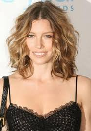 short wavy hairstyles for round faces 2017 women styles