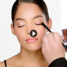 the how to danger control eyeshadow palette
