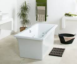 this bath is a double ended bath of generous proportions possessing clean elegant lines and is at the forefront of contemporary design