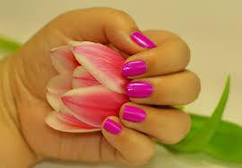 Monas Nails