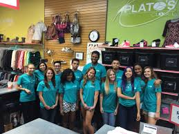 plato s closet boynton beach fl pays cash for young clothes and accessories