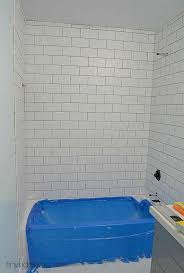 how to tile bathtub walls