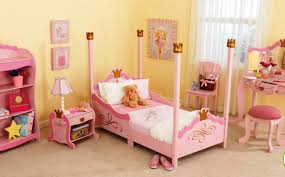 Small Pink Bedroom Cute Bedroom Ideas For Small Rooms With Pink Colour Bedroom And