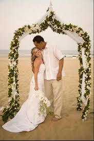 Best 20 Metal Wedding Arch ideas on Pinterest Indoor wedding.