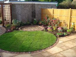 Small Round Flower Bed Design Small Circular Lawn With Tiny Round Patio Beyond For A