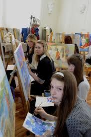 Детская художественная школа Выпускники Дипломные работы Выпускники 2013 завершают дипломные работы