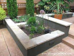 stucco cinder block wall build concrete block stucco garden wall google search stucco over painted cinder