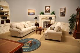 oval office decor. Caption: YouTube\u0027s Oval Office Set In LA. Source: YouTube Decor C