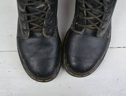 picture of fix holes in leather boots