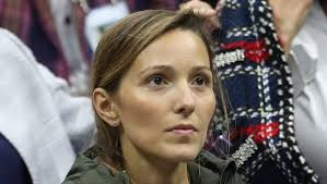 The coach this evening was saying how the djokovic camp is doing everything to. Novak Djokovic S Wife Jelena Watches From Home Heavy Com