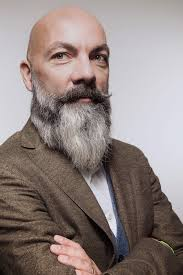So this year give the viking beard style a try for 2021 and start setting the trend! Beard Styles