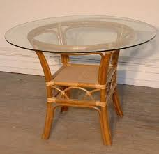 round rattan dining room table