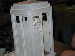 Diy cat playhouse Tardis Cat Tardishouseforcats Bit Rebels Diy Kitty Tardis Playhouse For Cats Who Love The Doctor Bit Rebels