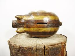 picture of wooden piggy bank picture of wooden piggy bank