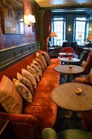 Best 25+ Banquette seating restaurant ideas on Pinterest ...