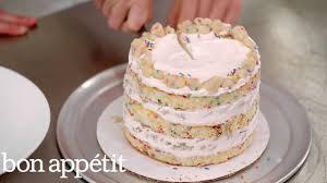 Momofuku Milk Bars Secret To Amazing Birthday Cake Sweet Spots