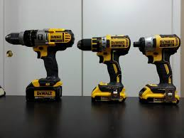 dewalt 20v hammer drill. dewalt 20v brushless hammer drill driver model dcd996p2 for in revere ma 5miles and · 01 jpg h