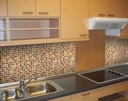 Gorgeous kitchen wall design with ceramic tile
