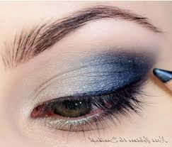 homeing makeup for blue eyes