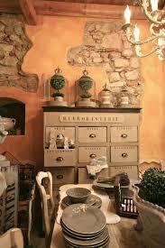 Pareti Interne Color Nocciola : Boiserie u c ocra gialli terracotta sfumati alle pareti
