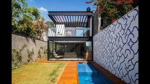 diseño de casa larga y angosta planos fachada e interiores