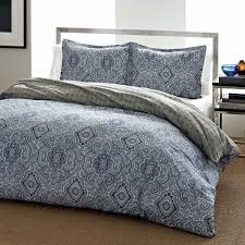 the city scene milan blue cotton duvet cover set features a beautiful blue medallion front with