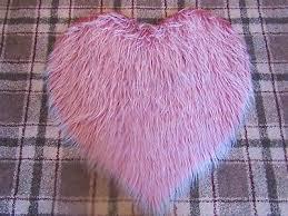 dusky rose pink frosted faux sheepskin heart shaped fluffy fur rug 70cms 2 4