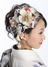 振袖や着物にはレトロな髪型が人気 おすすめ髪飾り 生活に役立つ記事