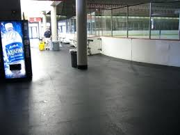 poured rubber flooring weight room flooring ice rink rubber floor poured rubber gym flooring cost poured rubber flooring