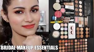 ब र इडल म कअप क ट म क य ह ज र र indian bridal makeup kit essentials in hindi