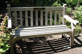 a permanent place to remember memorial or tribute benches