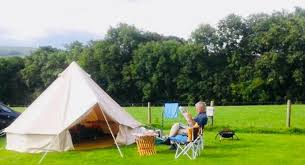 canvas bell tent like new including coir matting and chandelier