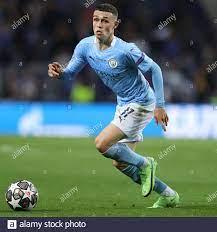 PORTO, PORTUGAL - 29. MAI: Phil Foden von Manchester City während des UEFA  Champions League Finales zwischen Manchester City und dem FC Chelsea im  Estadio do Dragao am 29. Mai 2021 in