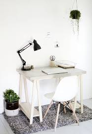 DIY Desk with Concrete Desktop and Wooden Legs