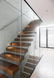 Die gestaltungsvielfalt wird lediglich durch den platz begrenzt, der für die treppe zur. Haus Md Moderner Flur Diele Treppenhaus Von Unlimited Architekten Neumann Rodriguez Modern Homify Treppe Haus Haus Innenraume Treppe