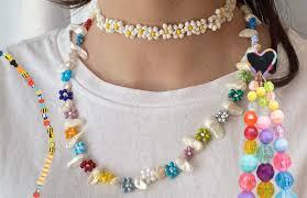 Бусы, браслеты и кольца из бисера: где купить и как сделать ...