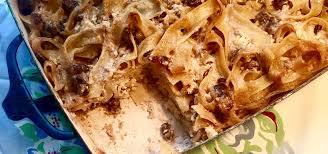 Find easy vegetarian and vegan dinners for eating healthy. Vegan Sweet Noodle Kugel Jewish Food Experience