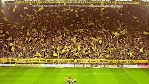 25,000 fans can pack into this part of the club's westfalenstadion and create one of the best at. Borussia Dortmund Style Of Play Soccer Training Info