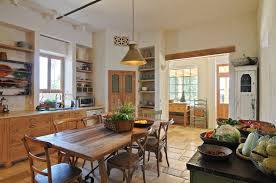 Traditional country kitchens Modern Country Kitchens In The Classic Style Feature Comfortably Large Space That Provides Warm Welcome For Guests As Well As Place For The Family To Gather Carved Wood Design Classic Rustic Cuisine Touchwood Fine Traditional Woodwork