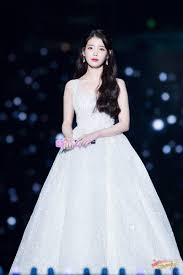 Born may 16, 1993), known professionally as iu (korean: Iu Iu Profile Iu Facts Iu Age Iu Height Iu Weight Iu Fashion Iu Hair Iu Songs Gaya Model Pakaian Model Pakaian Selebriti
