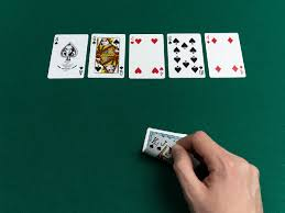 Stud poker games are normally played with either five or seven cards. Poker Hand Rankings Best Texas Hold Em Poker Hands