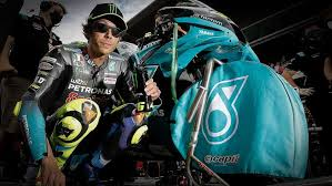 (twitter) rossi announced earlier in august that he planned to retire at the end of this season after 26 years in motorcycle racing. Valentino Rossi Verkundet Rucktritt Motorradonline De