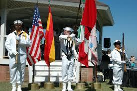 File:US Navy 070930-N-4047W-087 Machinist's Mate Fireman Curtis ...