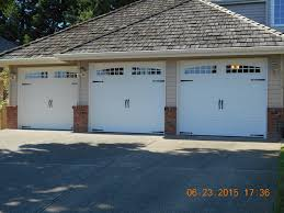 sammamish three 8ft x 7ft carriage house garage door with cozy design