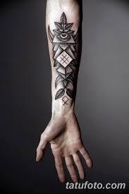 фото тату орнамент мужские 10072019 009 Tattoo Ornament For Men