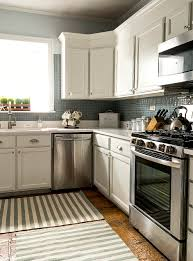 brothers kitchen cabinets blue builder grade cabinets painted white white kitchen cabinets white coun