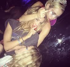 Miley cyrus lesbian affiar