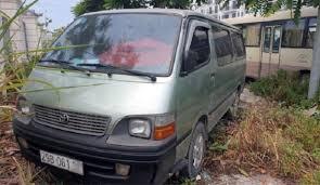 Học sinh lớp 4 ở Hà Nội bị bỏ quên trên xe ô tô đưa đón
